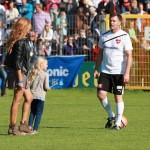 Thomas Helmer mit seiner Frau Jasmina Filali